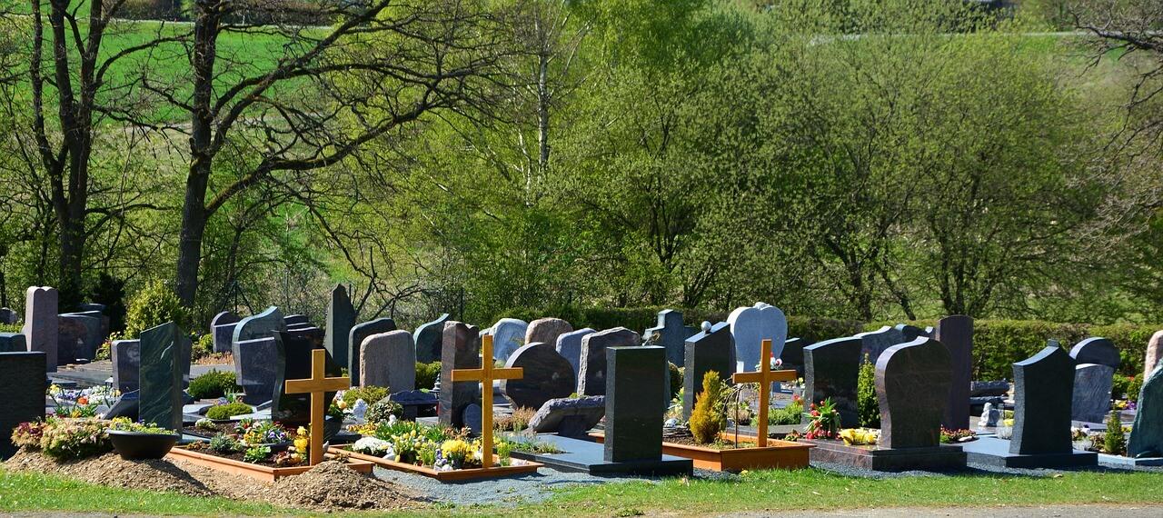 nagrobki cmentarz